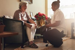 nurse provides in-home for senior